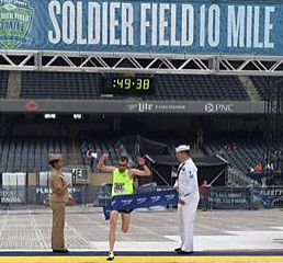 Keith Bechtol wins Saturday's Soldier Field 10 Mile Race