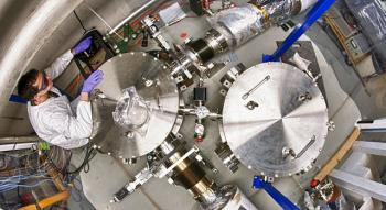 The Holometer is sensitive to high-frequency gravitational waves, allowing it to look for events such as cosmic strings.   <i>Photo: Reidar Hahn</i>